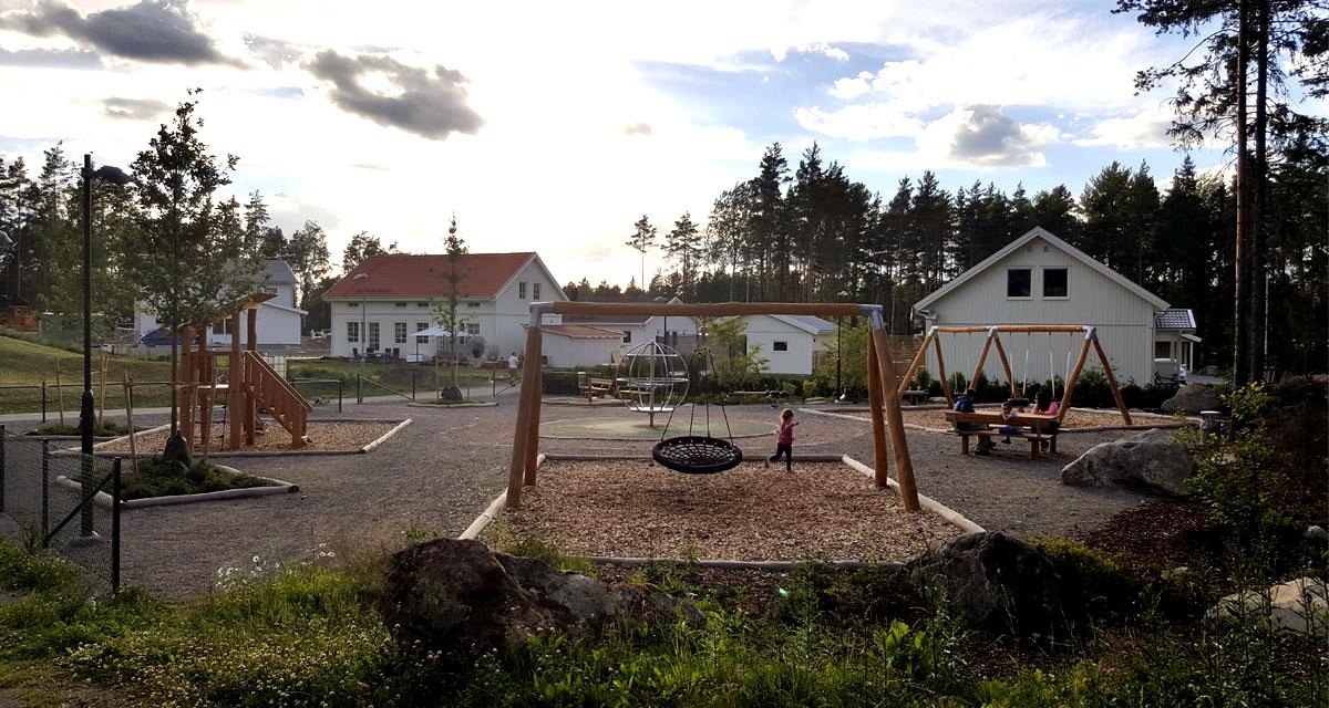 Lekplats Målgårdsvägen i Alsike