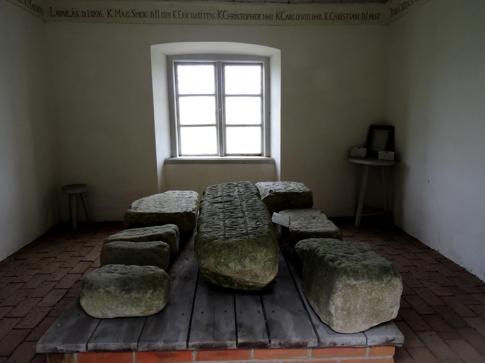 Mora Stenar, En av Sveriges äldsta museibyggnader