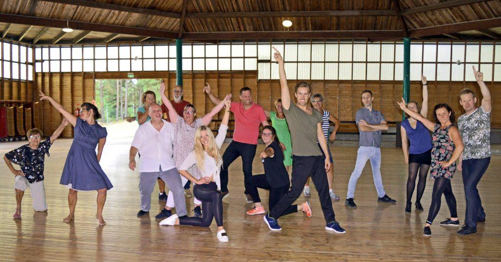 Dansa Loss på Ängby Park i Knivsta med Sigrid Bernson och Tobias Bader